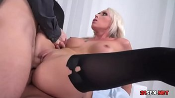 suny sofa red leone on Gangbang daddy daughter