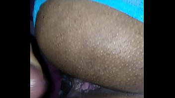 chilenas mujeres sexo Spy mom boobs pop out while fixing food for son