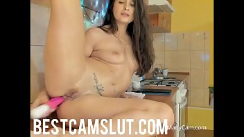 vidio girl download squirting Voyeured milf show tits and trimmed pussy