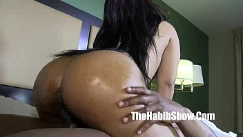 cum the blowjob chokes swallows milf she when Fast taime sex balod