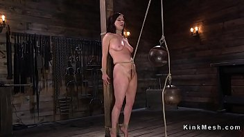 slave captive gets fucked used Under stall at school