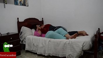 hija e peludas madre Gay group sex daddies