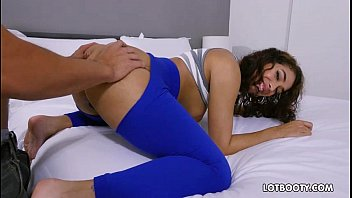 legging pov ass big Gaand me dard