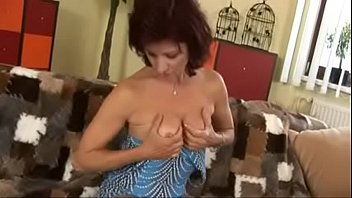 pilaya mom doodh ne Full fuck video