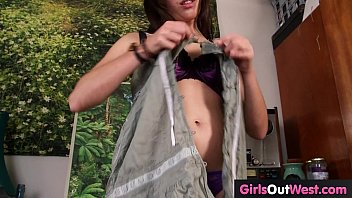 tina hairy busty frank Il film son epouse