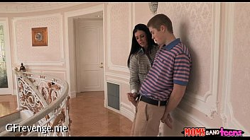 video download 3gp sister rex young brother and Burger shop fuck