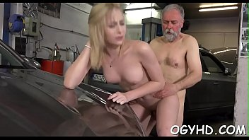 catches old boy wanking granny Deepthroat action 3d