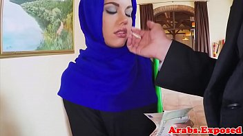 srilanka cuple hijab Sizzling dong engulfing from a naughty playgirl