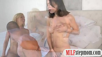 caught my by mum masturbating on bed hidden cam Johnatan making a big impression at job interview by workingcock gays